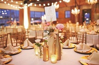 Свадебный стол в золотом цвете