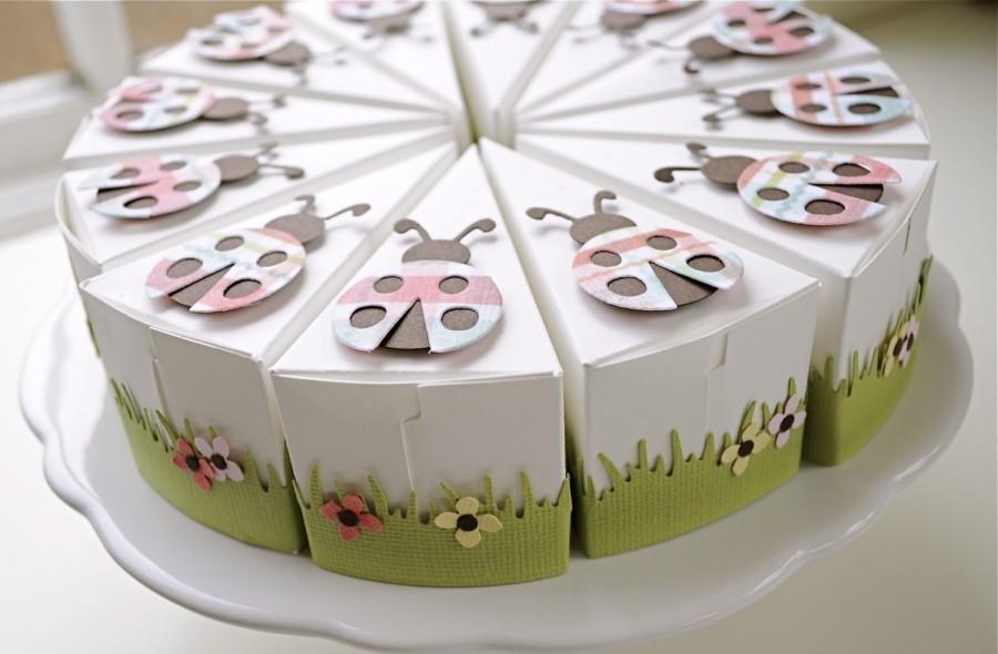 Необычный тортик на бумажную свадьбу