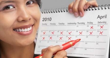 женщина с календарем