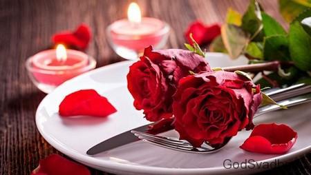розы на тарелке